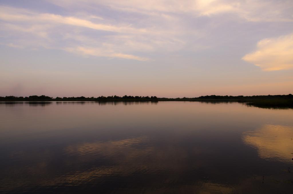 Les vistes a la llacuna en el crepuscle fan que tot l'esgotament del dia se'n vagi per la mirada