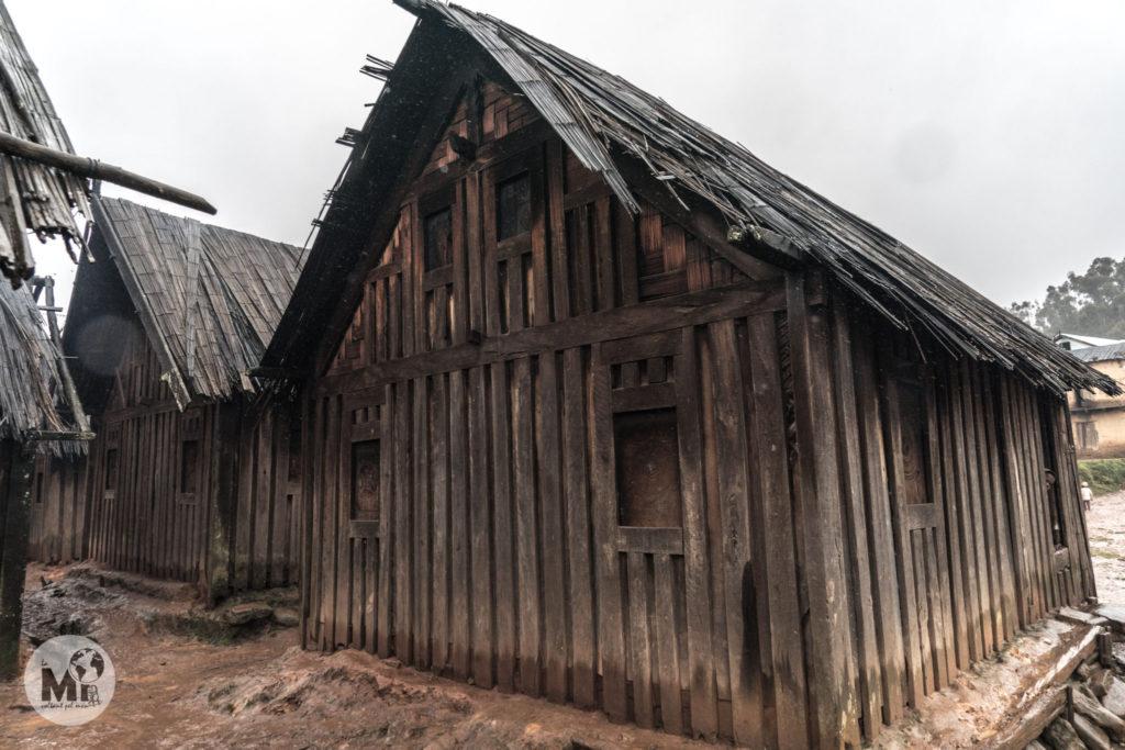 Les cases al país Zafimaniry son de fusta